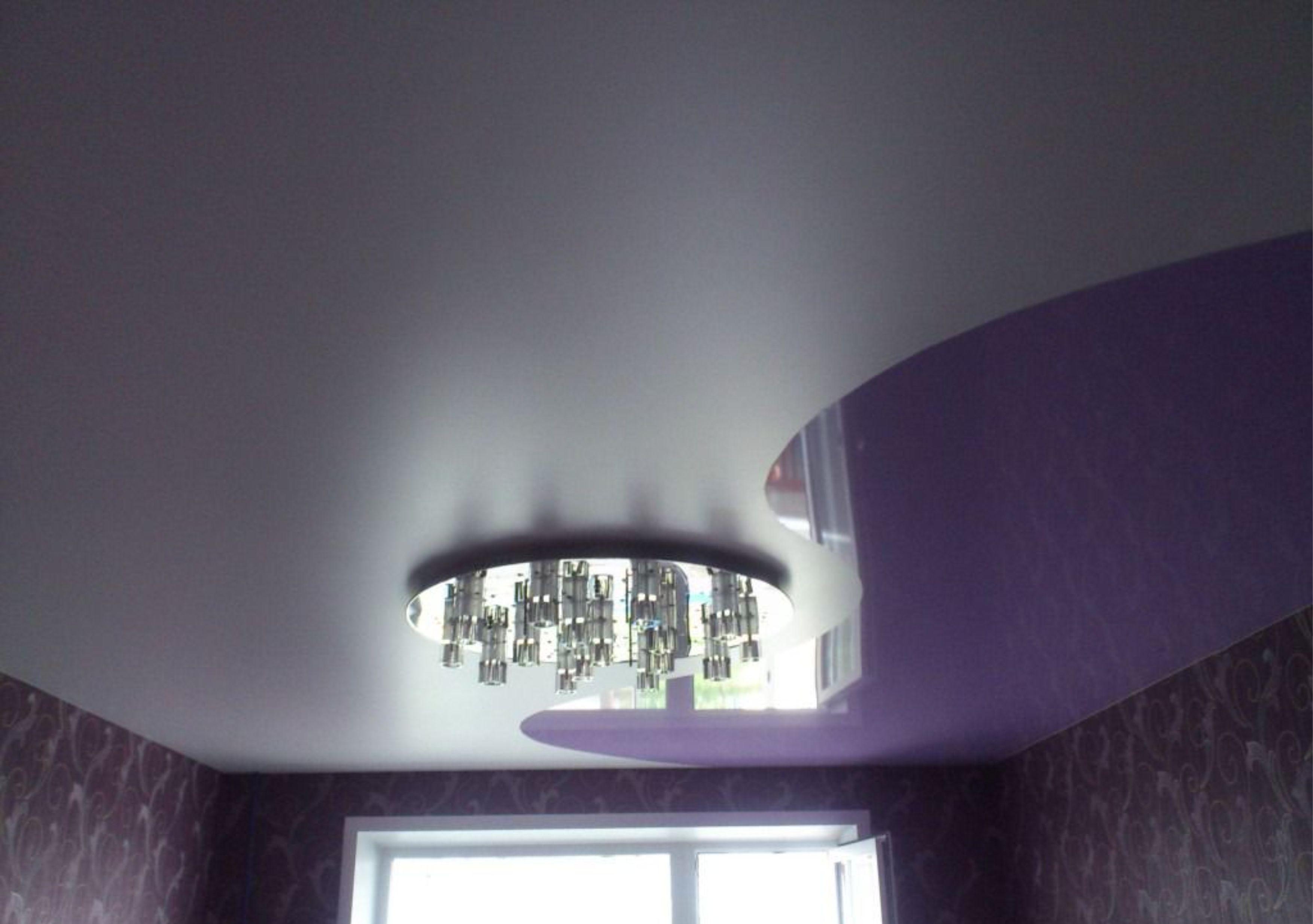фото потолков натяжных комбинированных